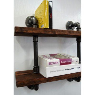 Podwójna półka na książki w stylu loft.