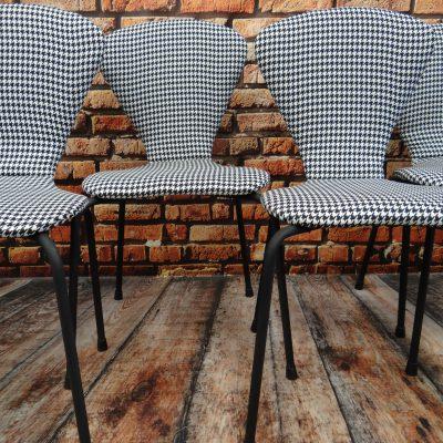 Krzesło w pepitkę -design lata 70