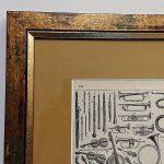 Stara rycina w oprawie – instrumenty muzyczne