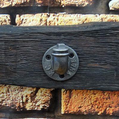 Wieszak loft z żeliwnymi hakami #124
